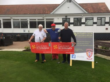 Golfers raise a FORE-tune for Air Ambulance